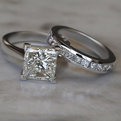 2CT PRINCESS CUT DIAMOND ENGAGEMENT RING AND WEDDING BAND
