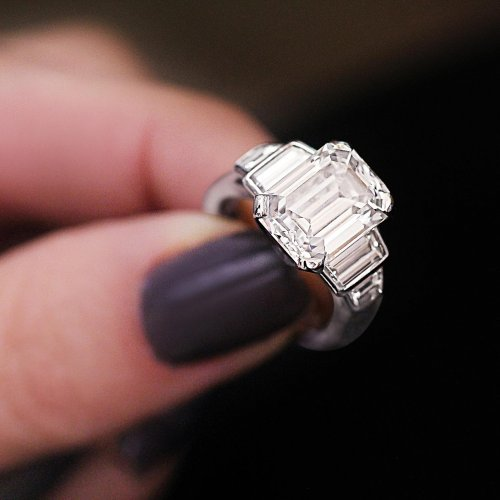 2 CT EMERALD CUT CUSTOM MADE DIAMOND RING