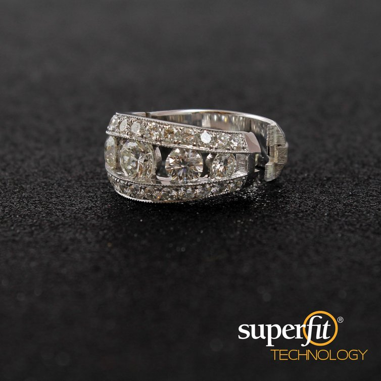 CUSTOM MADE DIAMOND BAND WITH SUPERFIT INSERT