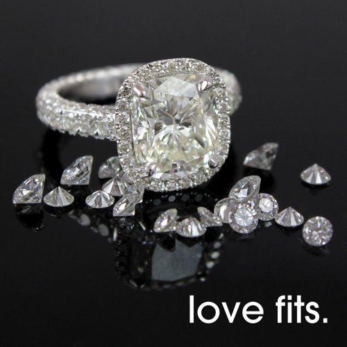 2.21 CUSHION CUT DIAMOND IN HALO SETTING